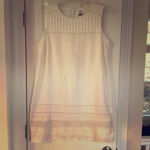 Dresses & Skirts - Old Navy White Dress with Pretty Detail